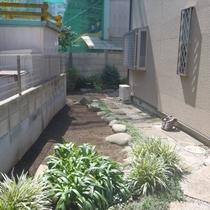 新宿区 剪定士による草刈り処分